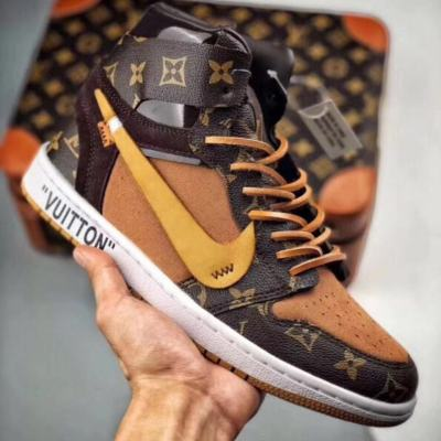 $95 without box $155 with box (suitcase) Size 36-45