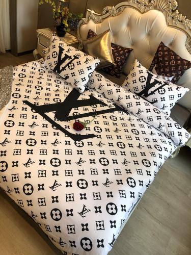 $100 A-306 Material:cotton  Four-piece set  size:1pc Duvet cover(200x230cm) +1pc bedsheet(240x250cm)+2pcs pillow case(45x74cm)