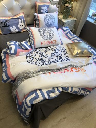 $100 A-318  Material:cotton  Four-piece set  size:1pc Duvet cover(200x230cm) +1pc bedsheet(240x250cm)+2pcs pillow case(45x74cm)
