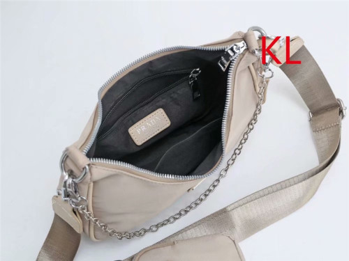$40-5613# 45  split leather,AAA good quality, no box Size:25X6X17CM