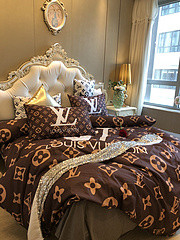 $100 A-307 Material:cotton  Four-piece set  size:1pc Duvet cover(200x230cm) +1pc bedsheet(240x250cm)+2pcs pillow case(45x74cm)