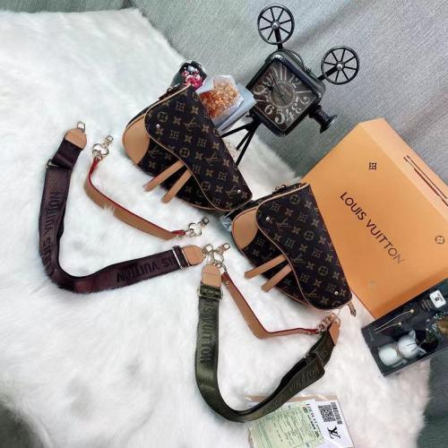 $40-0923#46-26X19X7CM- offer split leather,AAA good quality, no box