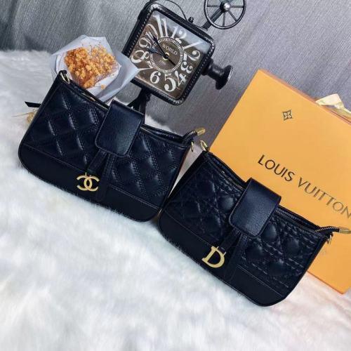 $40-3945#36-22X15X6CM offer split leather,AAA good quality, no box