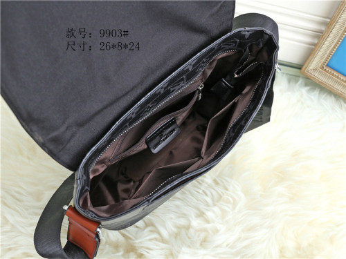 $50-9903# 70 offer split leather,AAA good quality, no box size 26X8X24CM