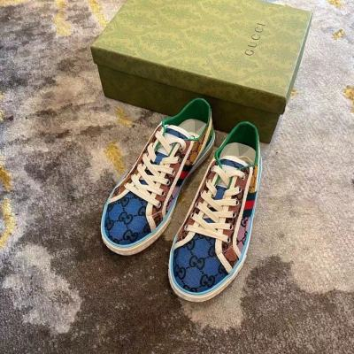 $88-105-Size 35-40 with box
