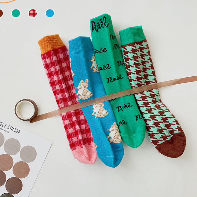 4pcs Cartoon Plaid Socks