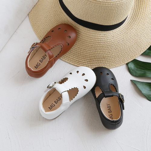Hollowed Out Floral Leather Shoes