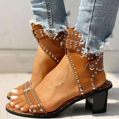 Open Toe Rivet Chunky Heeled Sandals For Women