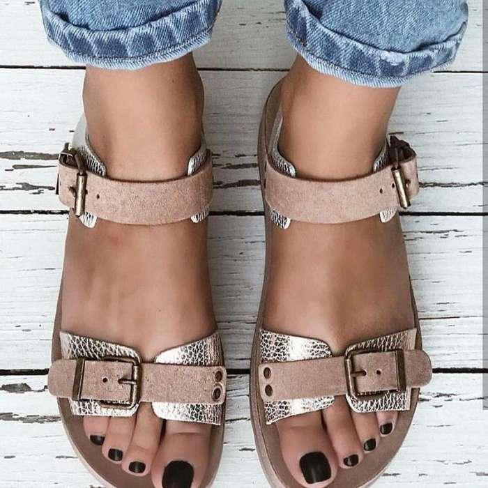 Comfy All Season Buckle Flat Sandals