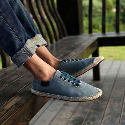Men's Canvas Pure Color Korean Style Lace Up Casual Shoes