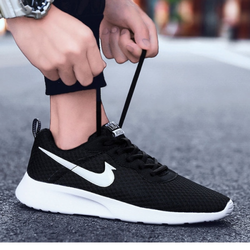 Men's Sports Fashion Shoes Mesh Light Comfortable Shoes