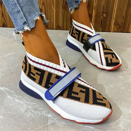 Women's Fashion Flat-Bottom Flying Woven Velcro Mesh Casual Sneakers