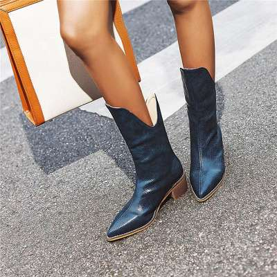 Fashion Pointed Middle Heel Women's Boots