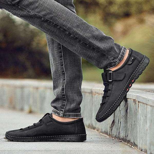 Men's Lace-up Leather Buckle Matte Flat Shoes