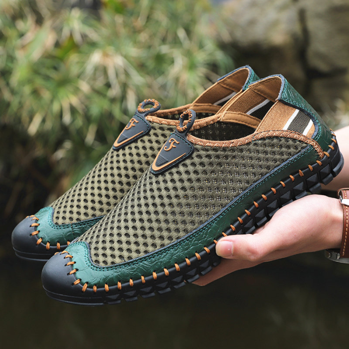 Large Size Men Hand Stitching Mesh Outdoor Slip Resistant Shoes