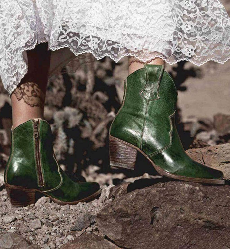 Women's Vintage Western Cowboy Boots - Wide Calf Cowgirl Boots