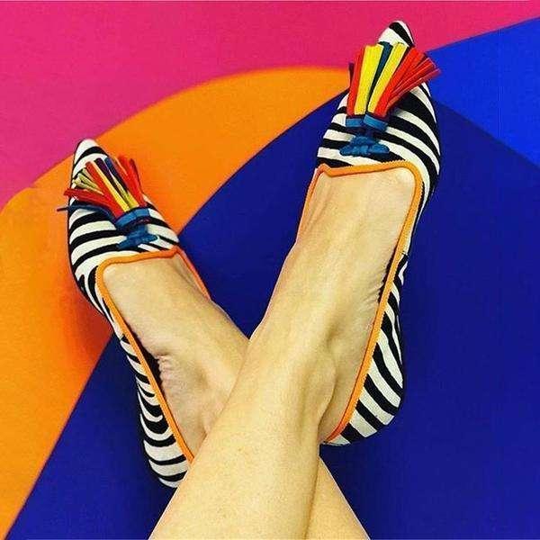 Women's Wild Tassel Pointed Flat Shoes