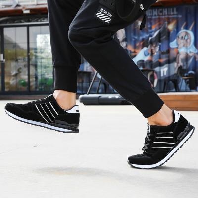 Men's Fashionable Breathable Sports Shoes