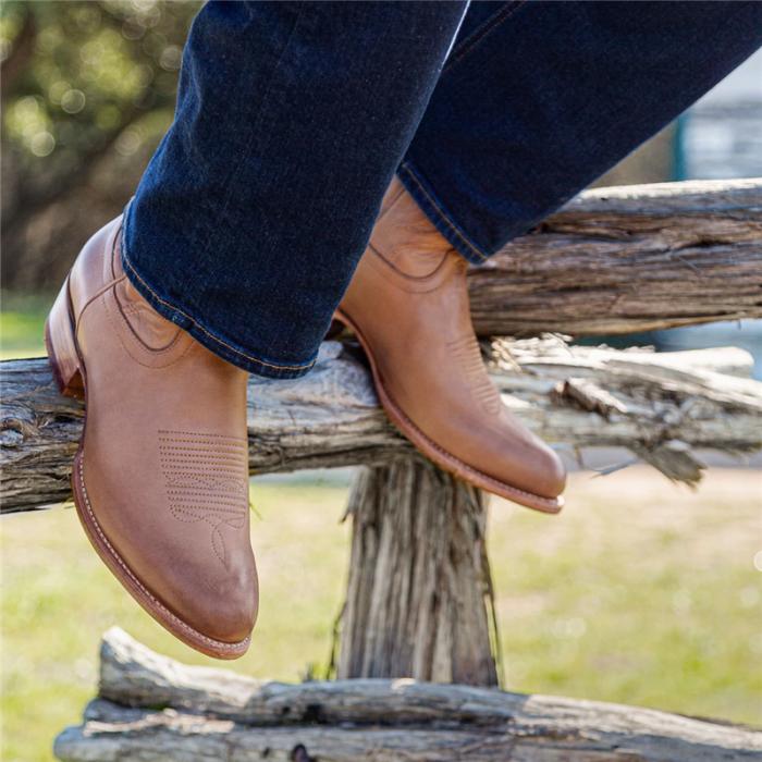 Men's Vintage Leather Timeless Cowboy Angled Heel Boots