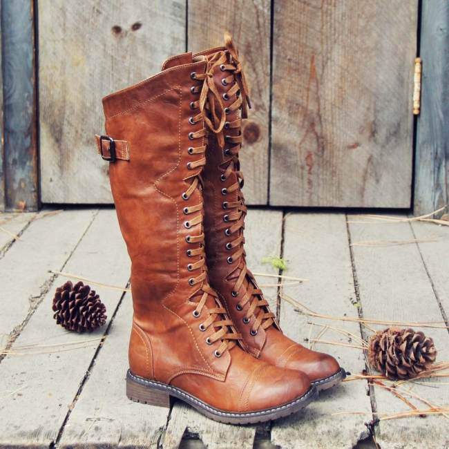 The Flurry & Smoke Boots