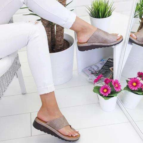 *Women Comfy Platform Sandal Shoes