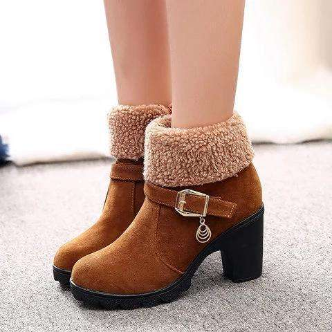 *Red Slip-On Ankle Women's Chunky Heel Suede Boots