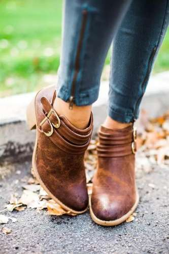 *Double Buckle Daily Booties Chunky Heel Boots