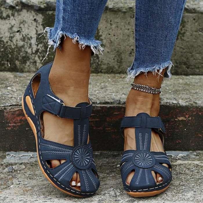 Womens Hollow Beach Sandals
