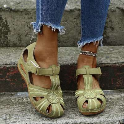 Womens Hollow Beach Sandals