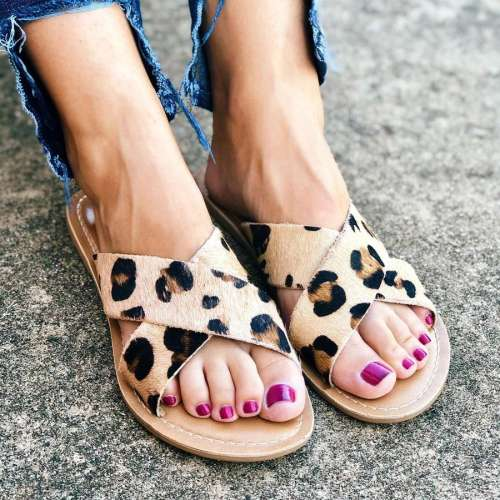 Beach by Matisse Pebble Sandals in Leopard