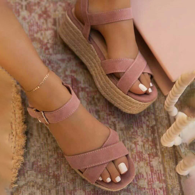 Women Casual Elegant Pu Cross-strap Adjusting Buckle Platform Sandals