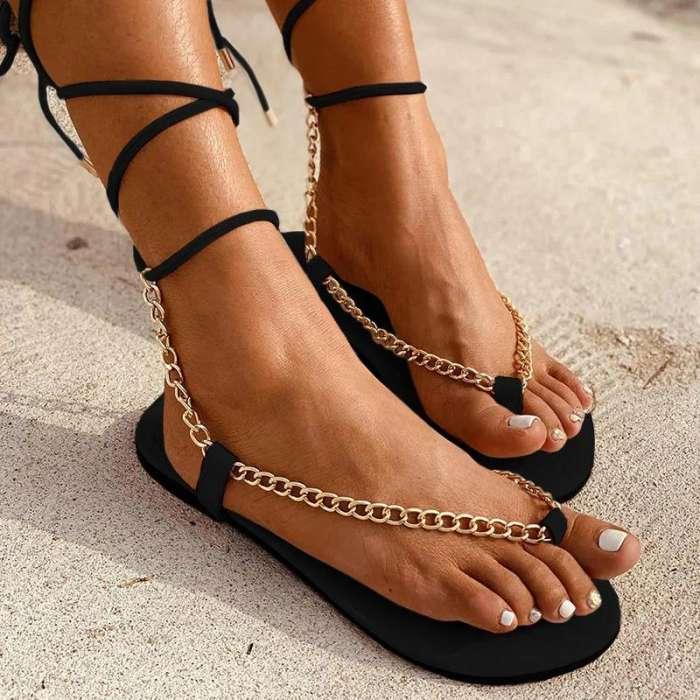 Women Chic Chain Detailed Straps Flip-flops Sandals