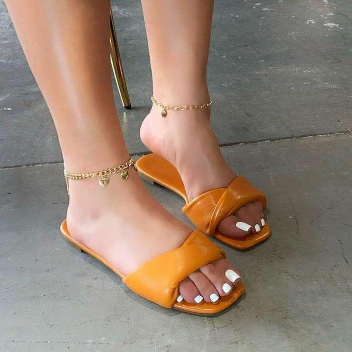 Women's Detailed Cross on Slip on Sandal