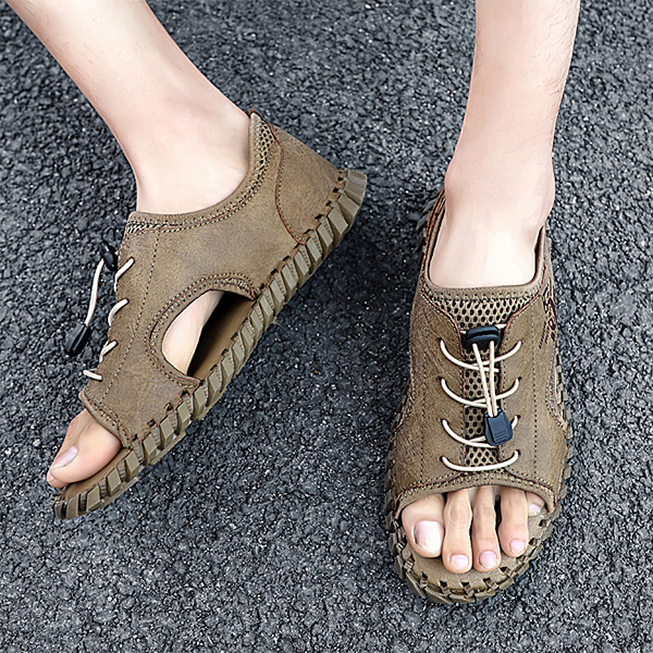 New Hollow Flat-bottomed Breathable Mesh Outdoor Casual Sandals