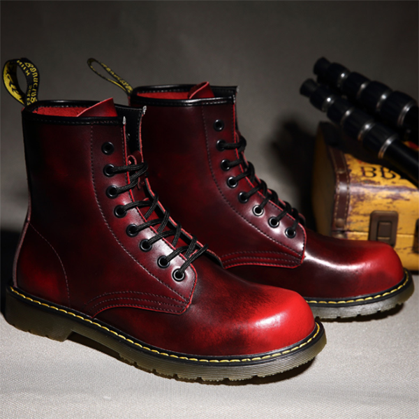 Men's Two-layer Cowhide High-top Vintage Martin Boots