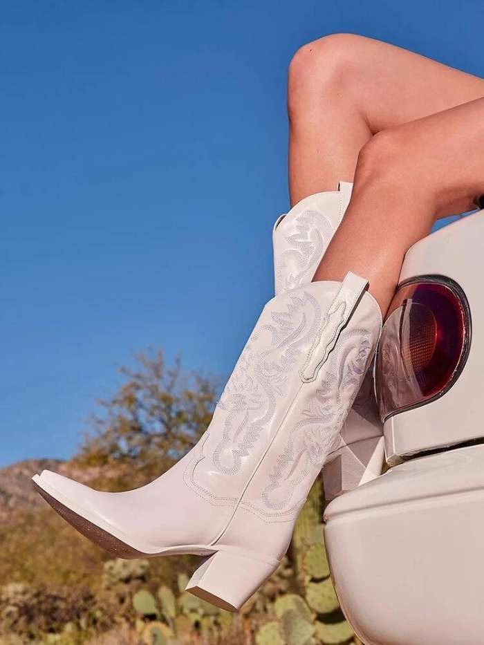 Plus Size Retro Women Pattern PU Western Embroidered Chunky Heel Mid-calf Cowboy Boots