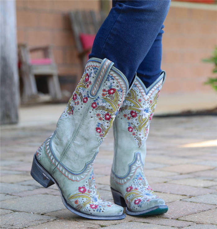 🔥Chunky Heel Embroidered Rivets Mid-Tube Martin Boots