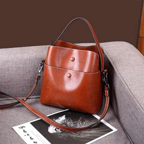 Stylish Hand-Held Diagonal Shell Bag