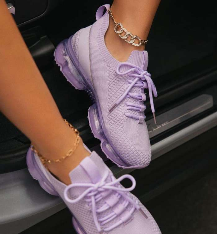 Breathable Lace-Up Lightly Padded Insole Sneakers