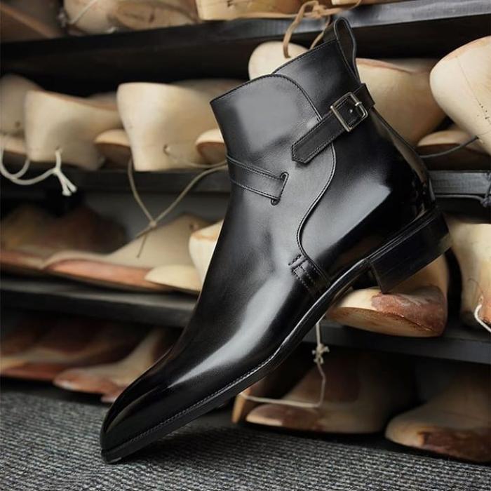 Whole Cut Side Buckle High Heel Slipon Dress Boots