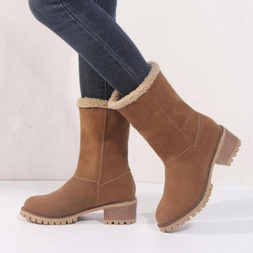 Two Ways To Wear Snow Boots
