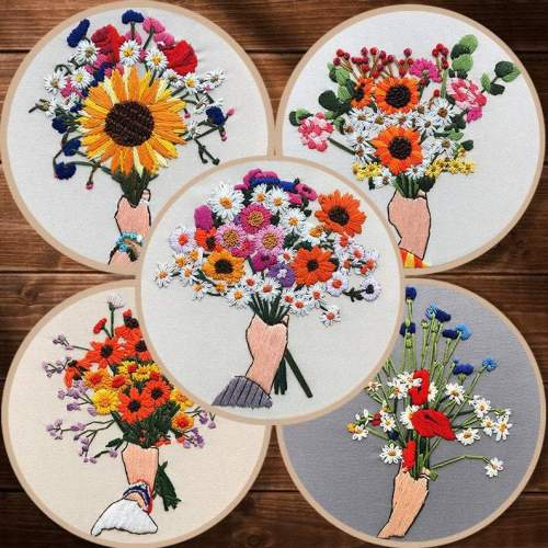 Diy Kit for adults, embroidery kit beginner flower in hand, floret embroidery kit, diy Kit Embroidery,diy Kit adult, Mothers Day