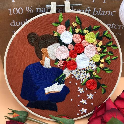 DIY Girl Flower Embroidery Kit beginner, Beginner Embroidery kit, Modern embroidery kit cross stitch, Hand Embroidery Kit, Needlepoint, DIY Craft Kit