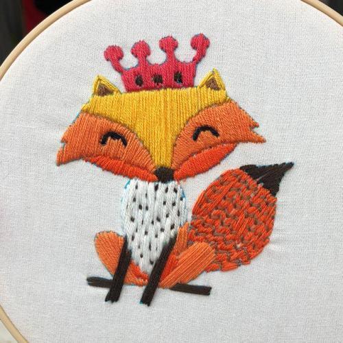 DIY Cute Animal Embroidery Kit beginner, Beginner Embroidery kit, Modern embroidery kit cross stitch, Hand Embroidery Kit, Needlepoint, DIY Craft Kit
