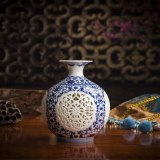 Ceramic Vase Chinese Traditional Jingdezhen Blue White Porcelain Hollow Vase Home Decoration Living Room Decoration For Flowers