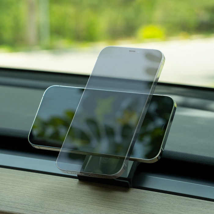 MagSafe Wireless Charging Phone Holder for Model 3 / Y