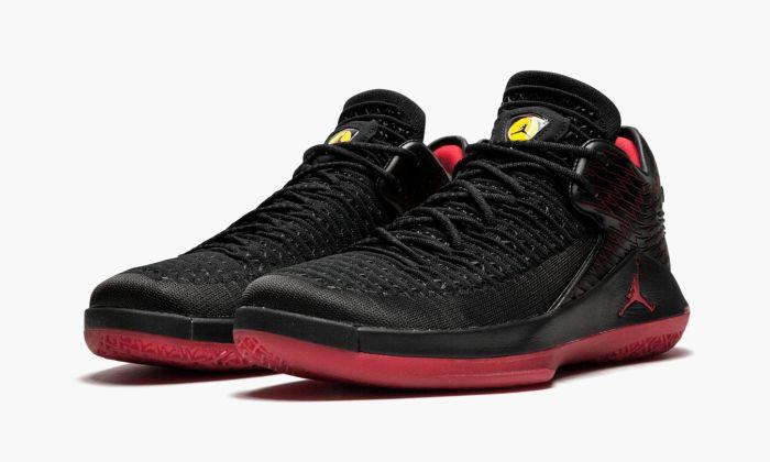 Air Jordan XXXII Low
