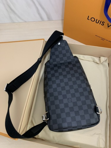 Damier Graphite Avenue Shoulder Bags N41719