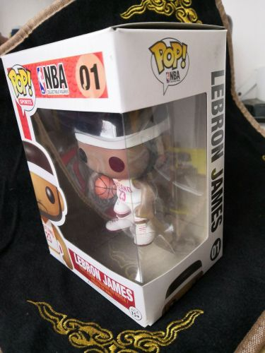 Funko POP NBA Lebron James Vinyl Figure NBA 01 Cleveland 23 White