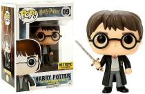 FUNKO POP HARRY POTTER #09 HARRY POTTER with SWORD OF GRYFFINDOR Hot Topic